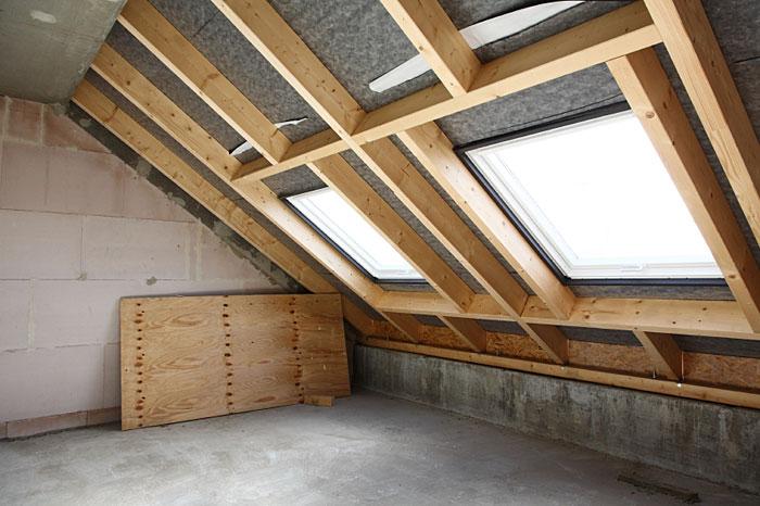 dachfenster holzbau friedl ihr zimmermann aus rudersberg schlechtbach. Black Bedroom Furniture Sets. Home Design Ideas
